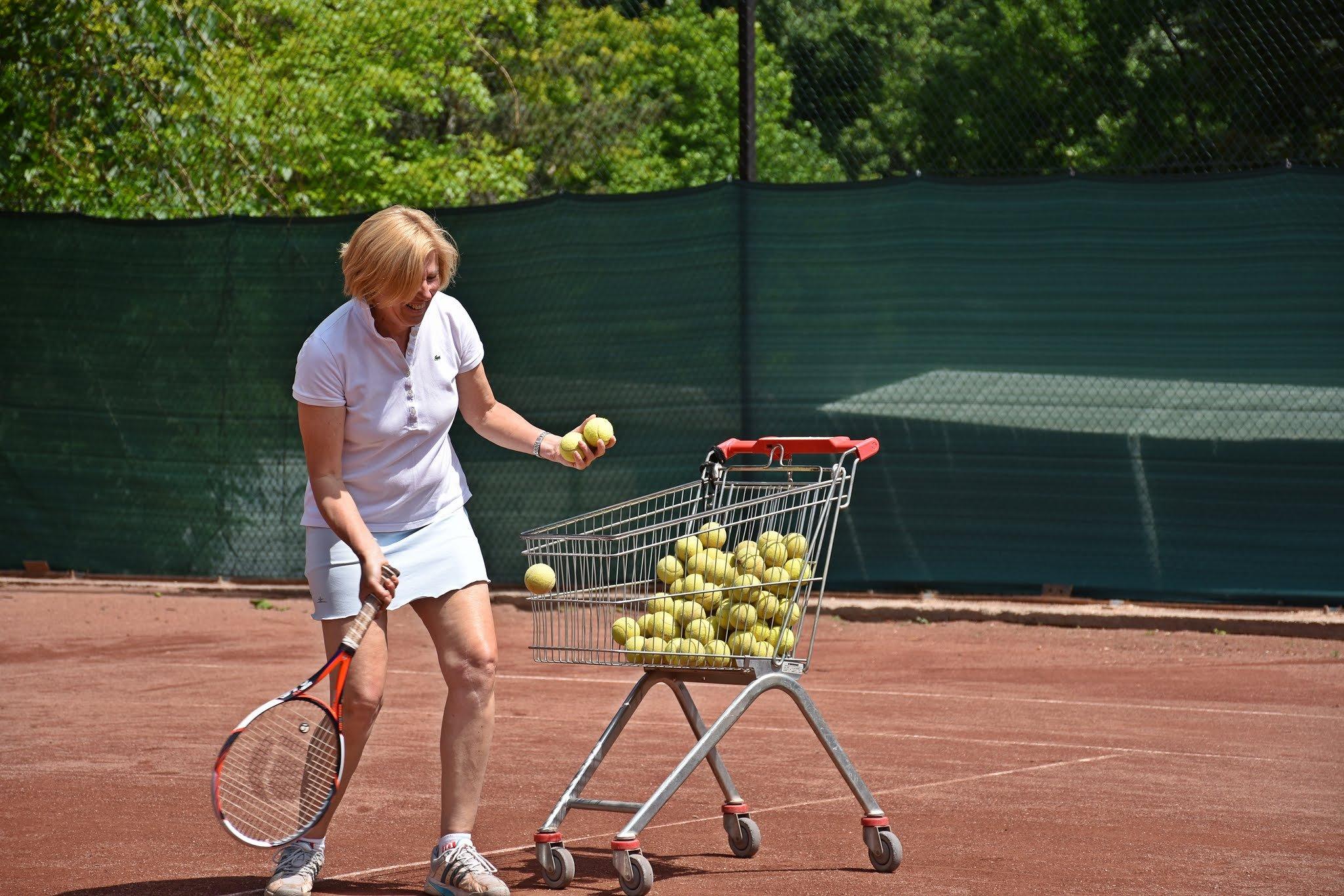 segít a tenisz a fogyásban hogyan lehet elérni az anyagcserét a zsírégetéshez